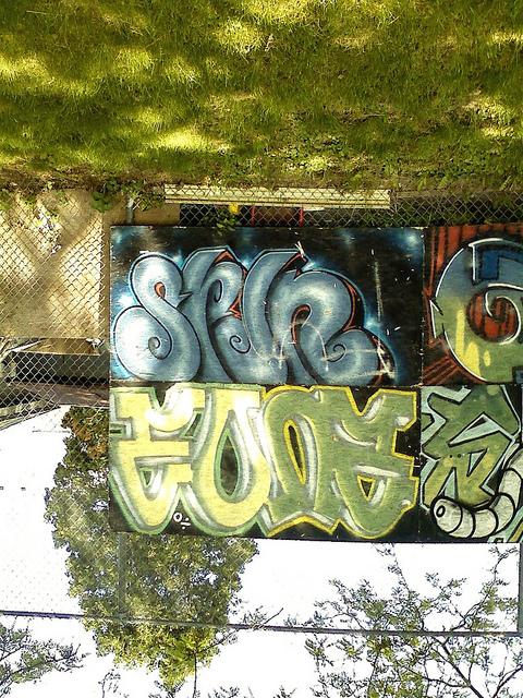 afarm5.static.flickr.com_4020_4634114193_624a5e6304_z.jpg
