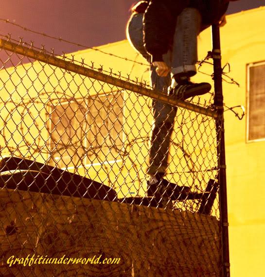ai1110.photobucket.com_albums_h448_graffitiunderworld_Untitled_1smaller2.jpg