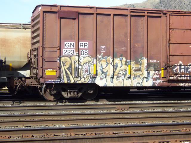 ai725.photobucket.com_albums_ww253_kasterbater_100_1437.jpg