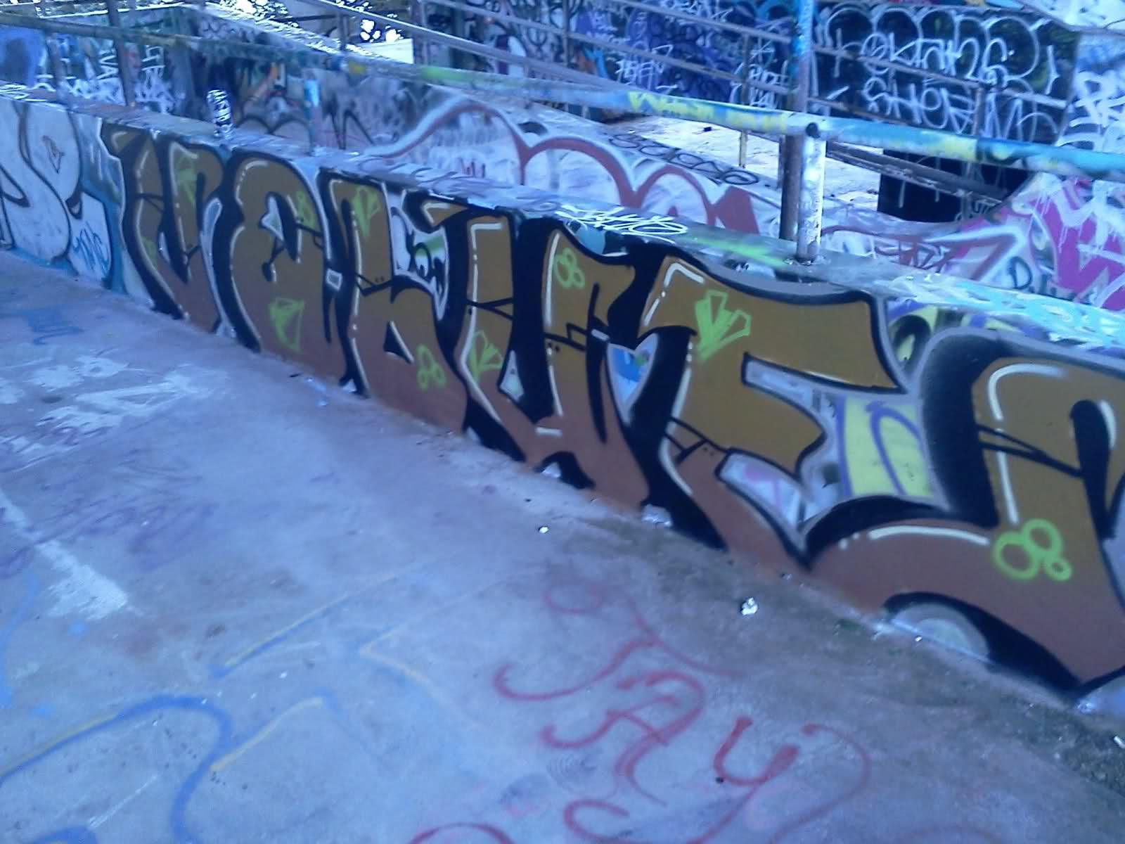 ai56.tinypic.com_2agj9s5.jpg