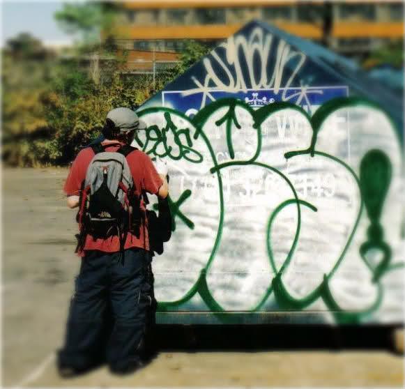 ai40.tinypic.com_14v5zyr.jpg
