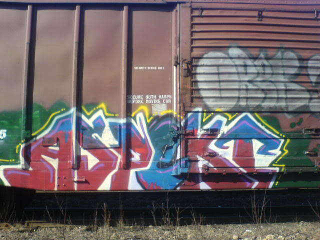 ai1057.photobucket.com_albums_t383_MRsevenOHfive_DSC01228.jpg