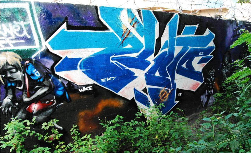 ai1228.photobucket.com_albums_ee453_JDRussell88_f.jpg