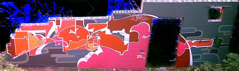 9P282_Wall2004_18.JPG