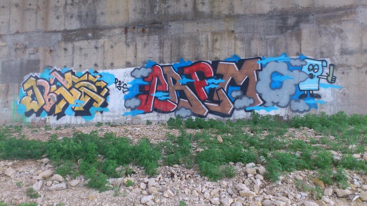 ai48.tinypic.com_xdwcn8.jpg