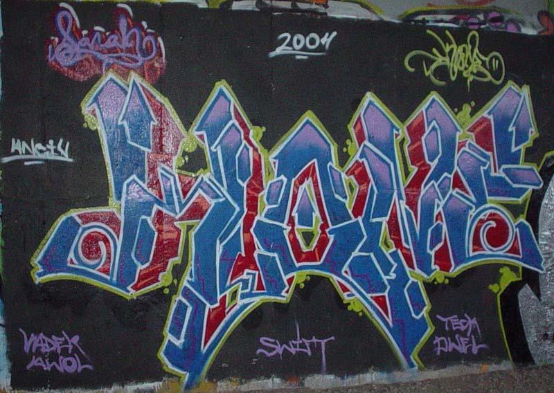 img64.photobucket.com_albums_v194_bowzr_graffiti_15.jpg