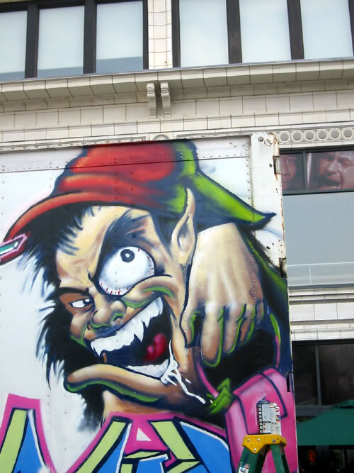 img64.photobucket.com_albums_v194_bowzr_graffiti_s.jpg