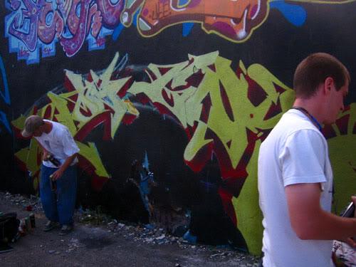 img64.photobucket.com_albums_v194_bowzr_graffiti_sip_IMG_1756.jpg
