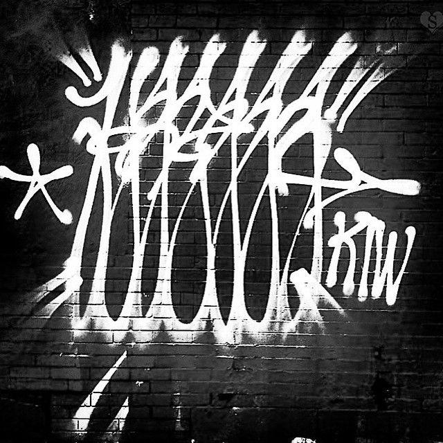 54bb007aa8af18253d521d6a9f1f0cdf--graffiti-street-art.jpg