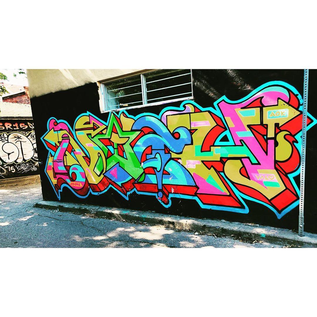 toronto_murals_69713124_169216257567753_634753343168363637_n.jpg