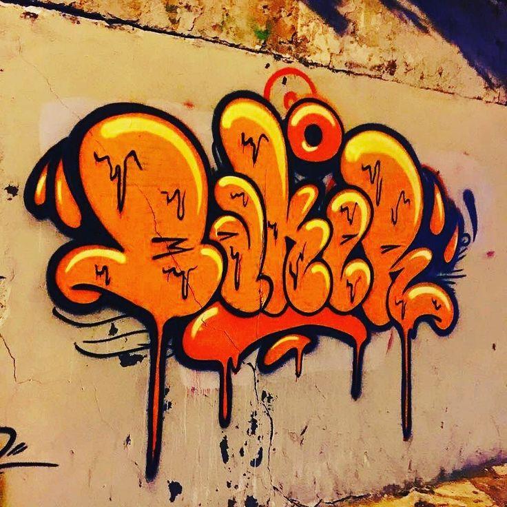 23182d87dcc8c18b44e28c9b7fca8aa0--graffiti-writing-graffiti-lettering.jpg