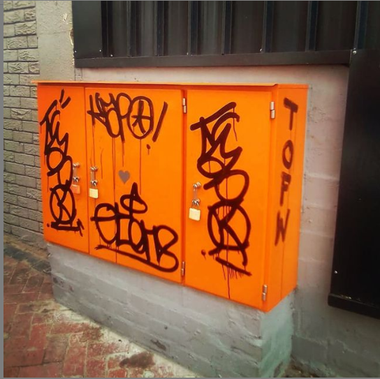 orange box.PNG